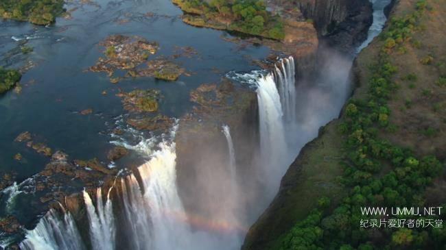 亲子纪录片《东非大裂谷 美丽的非洲心脏 The Great Rift: Africa's Wild Heart》全3集 英语中字 1080P/MKV/3.9G 纪录片下载插图(1)